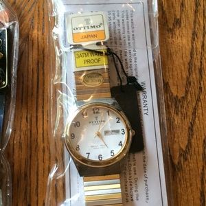 Men's watch by ottimo. Silver and gold flex band